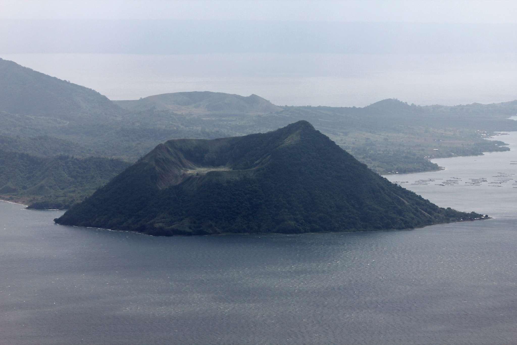 Lake_Taal_0026.jpg