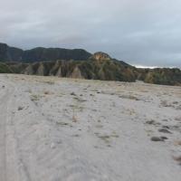 Mount_Pinatubo_2012_12_29_007.jpg
