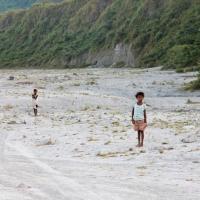 Mount_Pinatubo_2012_12_29_010.jpg