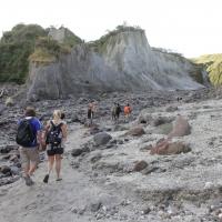 Mount_Pinatubo_2012_12_29_044.jpg