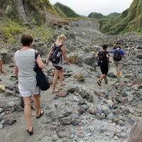 Mount_Pinatubo_2012_12_29_052.jpg