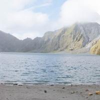Mount_Pinatubo_2012_12_29_098-099-100.jpg