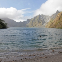 Mount_Pinatubo_2012_12_29_105.jpg