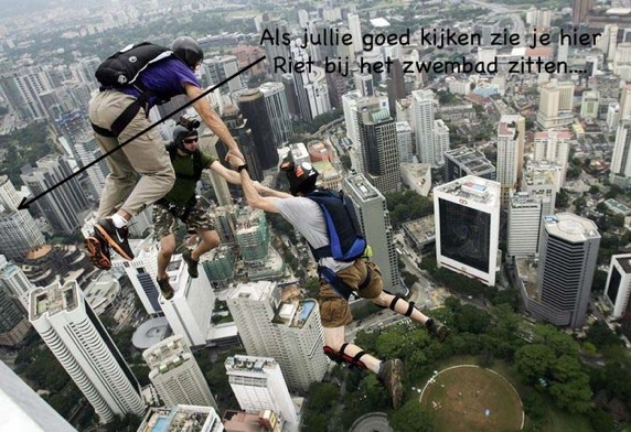 Maleisie_Base_Jumpers