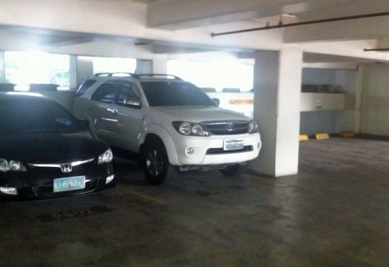 fortuner_in_asb_garage