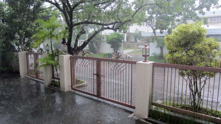 regen_in_de_straat_0002a