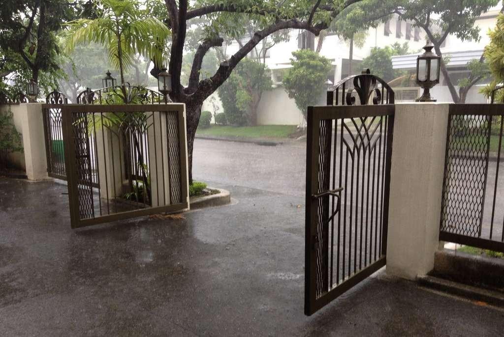 Molave_Drive_in_de_Regen